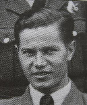 Jarosław Zalewski Ku czci poległych lotników 1939-1945, s. 238 - 3251IMG_0056-1